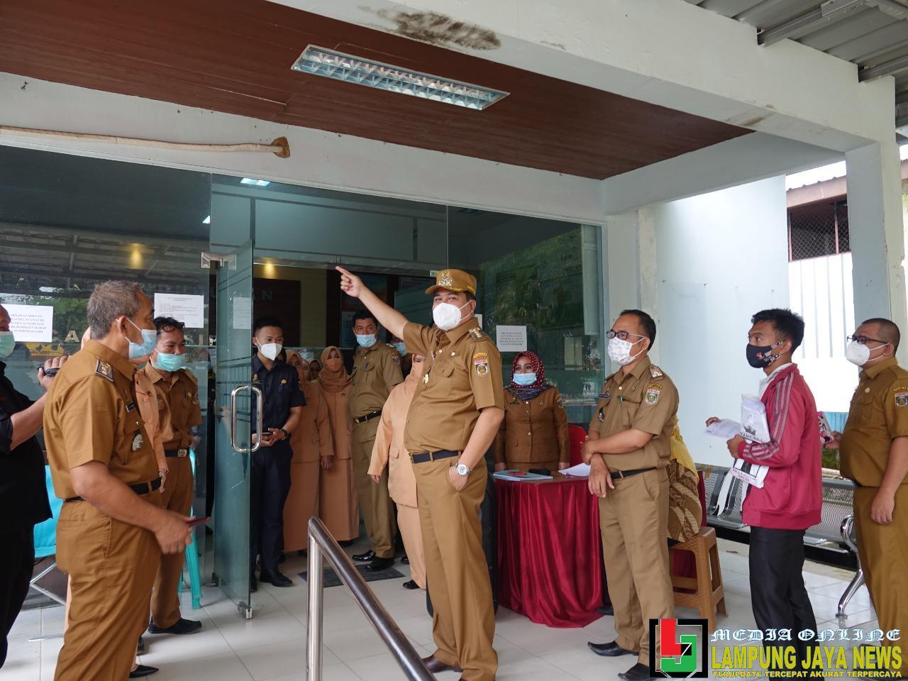 Hari Pertama Kerja, Bupati dan Wakil Bupati Terpilih Kunjungi OPD Guna Memantau Langsung Pelayanan Bagi Masyarakat